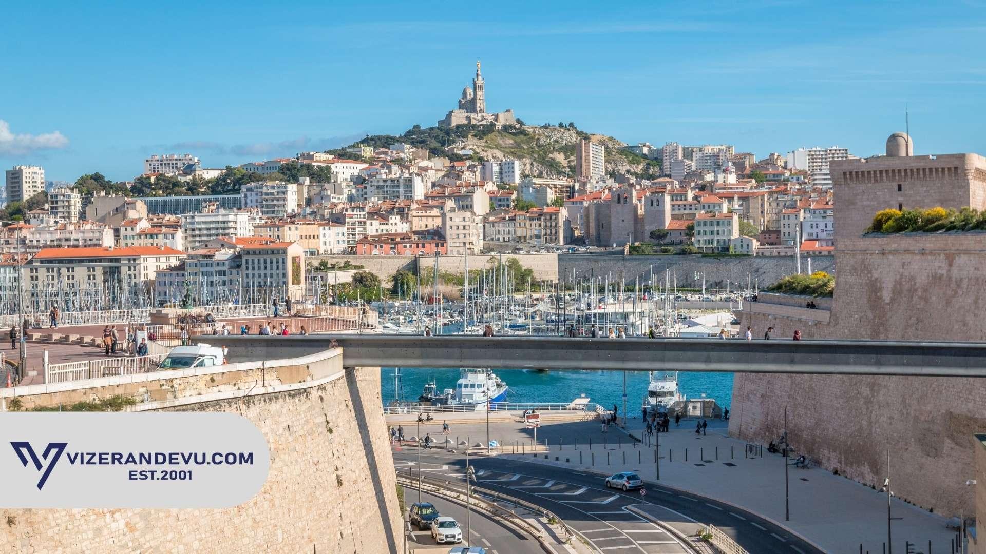 Fransa'da Çalışmak İçin Ne Yapmalıyım?