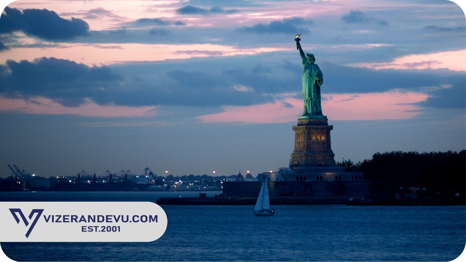 Amerika Nüfusu 2021 Yılında Ne Kadar?